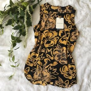 [who what wear] golden pansy sleeveless blouse